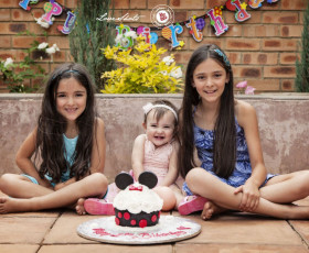 Gabrielle's Cake Smash